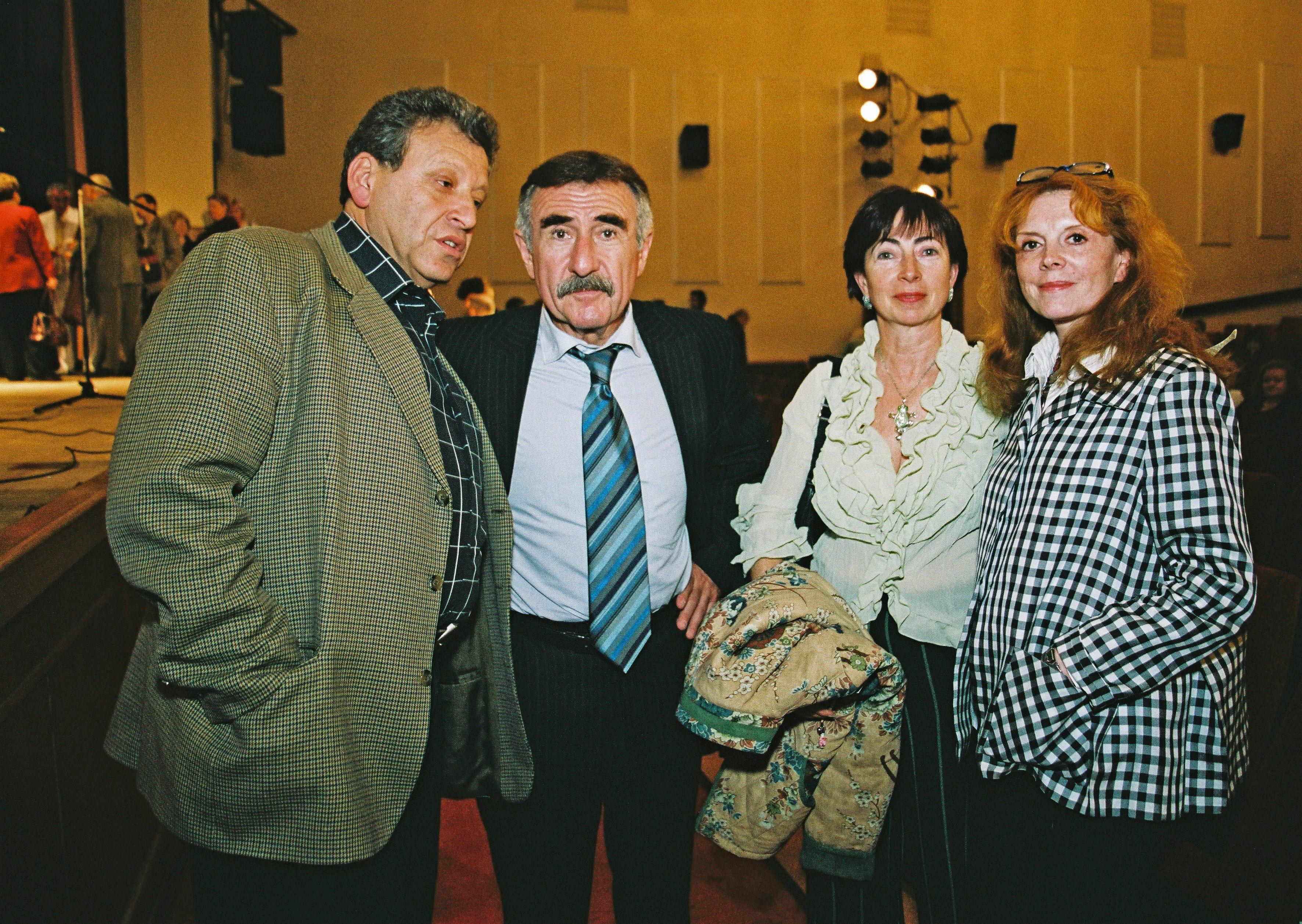 Боря Грачевский, Брат Лёня,его жена Аня и Клара Новикова.