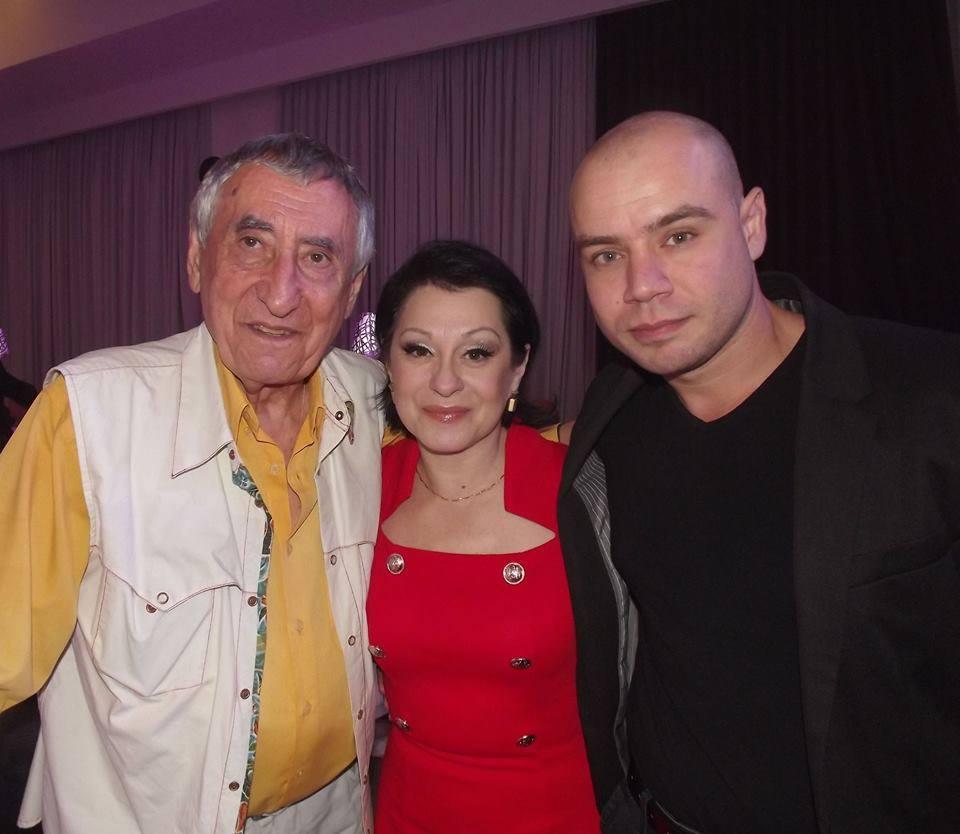 Вадим Ройтберг, Анна Резникова и я.